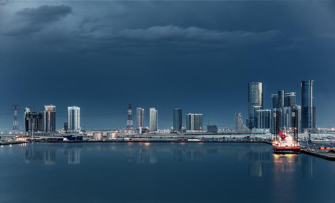 Abu Dhabi bei Nacht1