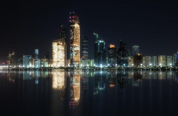 Abu Dhabi bei Nacht5
