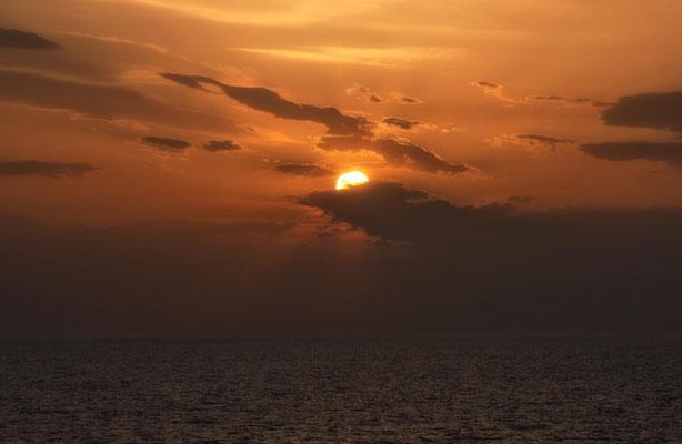 Sonnenuntergang auf der AIDA 4