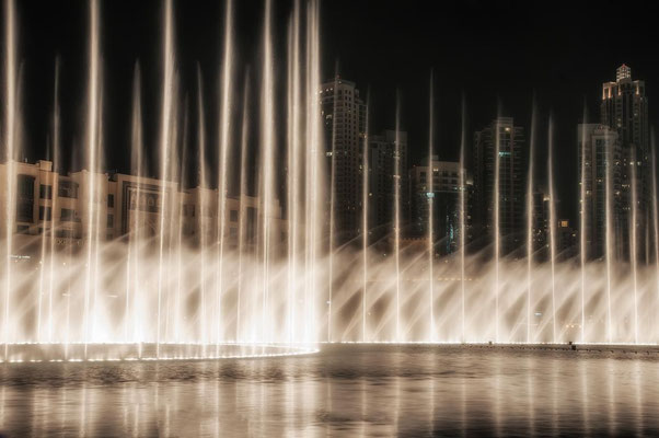 Dubai Fountains2