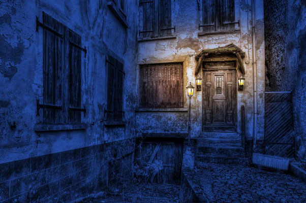 Das alte mysteriöse Haus