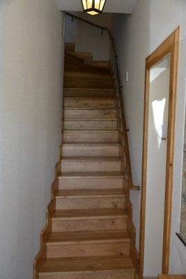 L'escalier qui mène au 1er niveau