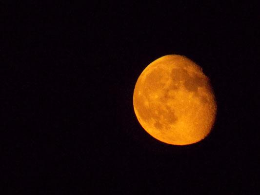 La lune depuis le gîte de Chonville