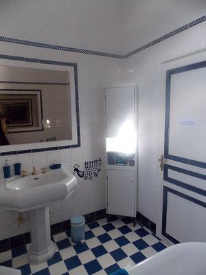 salle de bain du gîte près de Commercy