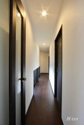 廊下(施工後)
