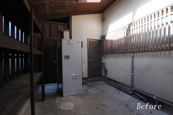 勝手口ドア(工事前)倉庫