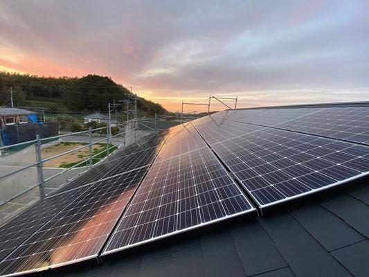 太陽光発電システム(7.6kw)