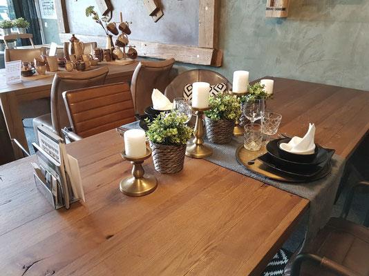 Design Tisch aus alter Eiche, Altholz Esstisch