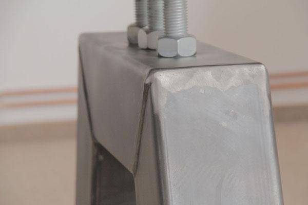 Deteilbild 2 Tischgestell Industrial in A-Form
