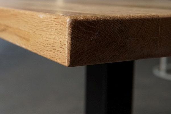 Detailbild Bistro Tischplatte Eiche 1