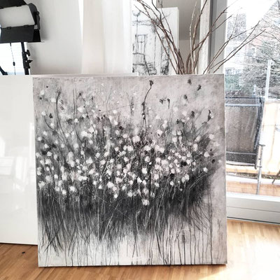 little  flower / acrylic on canvas/ 120 cm x 120 cm x 4 cm/  1340- Euro