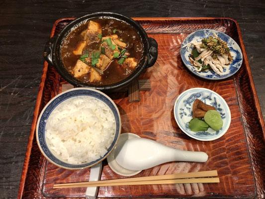 2回目はマーボ豆腐定食