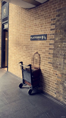 Platform 9¾ - King's Cross Station - London