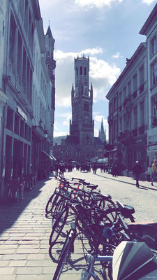 Beffroi de Bruges depuis Vlamingstraat - Belfort van Brugge
