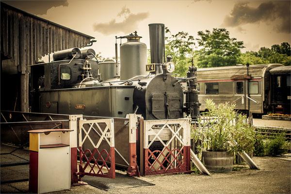 Ancienne Locomotive Vapeur à Martel (Lot)