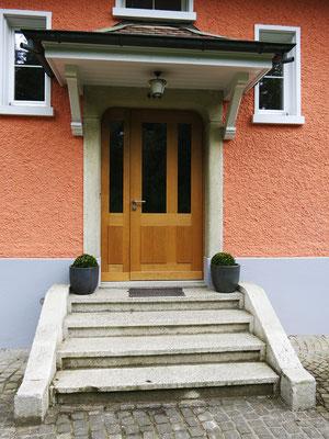 Eingangstüre - Schreinerei Schmid AG in Oberönz