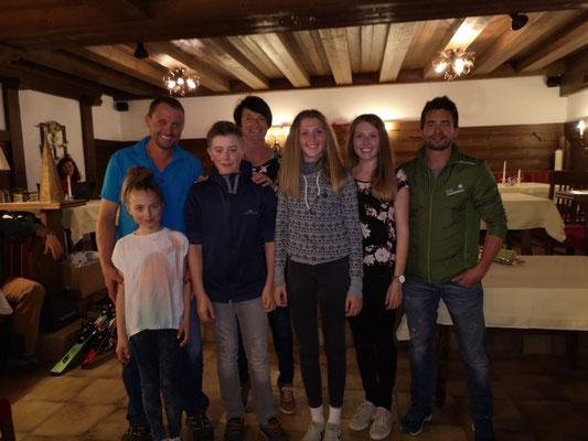 Siegerteams Familienwertung: Reischbocha 1 + 2 und Familie Geisler