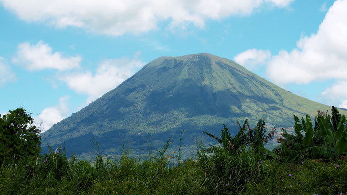 Immer wieder aktiv - Vulkan Gunung Lokon