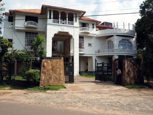 Seasons Hotel - Gute Unterkunft in Kurunegala