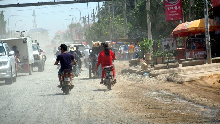 Phnom Penh - Schlechte Luft und Staub