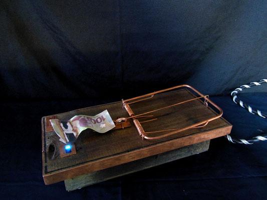 Oseras-tu, bois,cuivre, nano ordinateur, 17' L x 8'' l  x 4'' H, 2018, $600.00