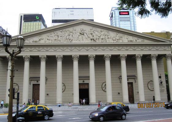 Catedral Metropolitana Santísima Trinidad de Buenos Aires (Hauptkirche der Katholiken und Mutterkirche des Erzbistums)