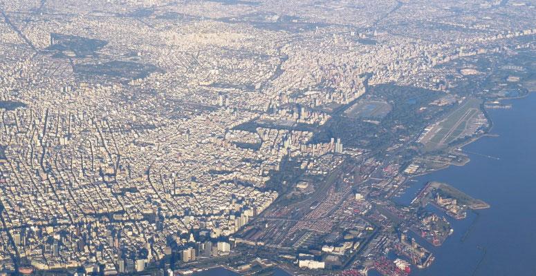 ... auf Buenos Aires.