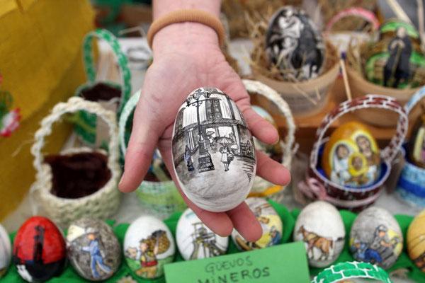 """Fiesta de los Huevos Pintos, o """"Güevos Pintos"""", en Pola de Siero"""