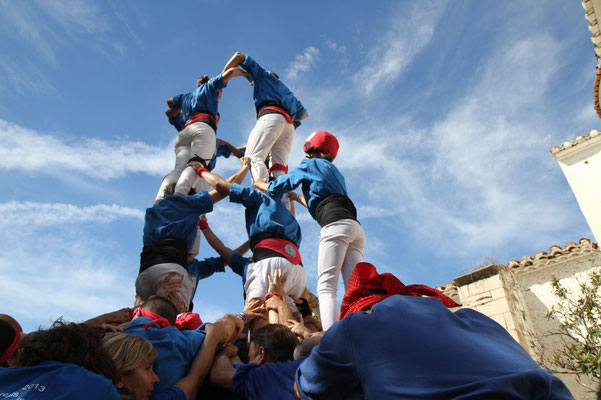 Diada Castellera a les festes de maig a Alcanar