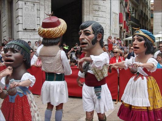 Corpus en Valencia - Baile de los Nanos i Gegants