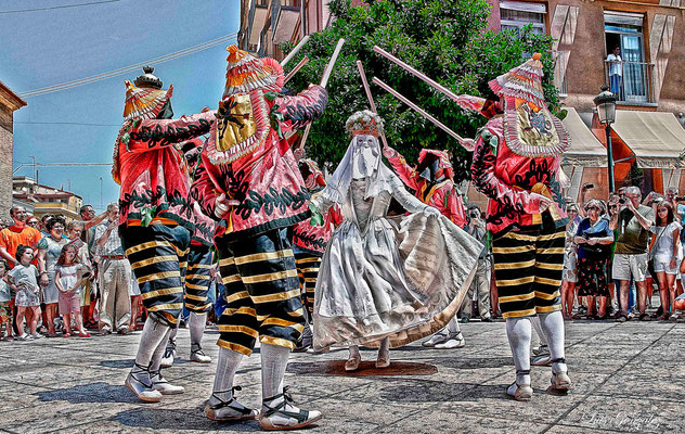Corpus en Valencia - la Moma i els Momos