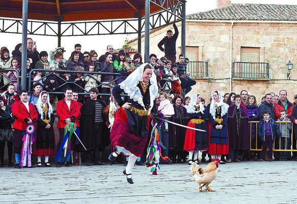 Danza del Escarrete en Poza de la Sal