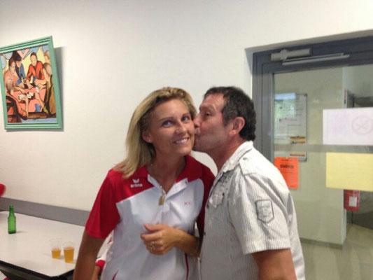 ... et Armand embrasse Angélique!