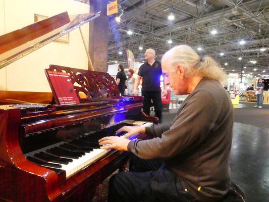 Zürcher Freund und Pianist Kurt Scheurer zu Besuch in Wien