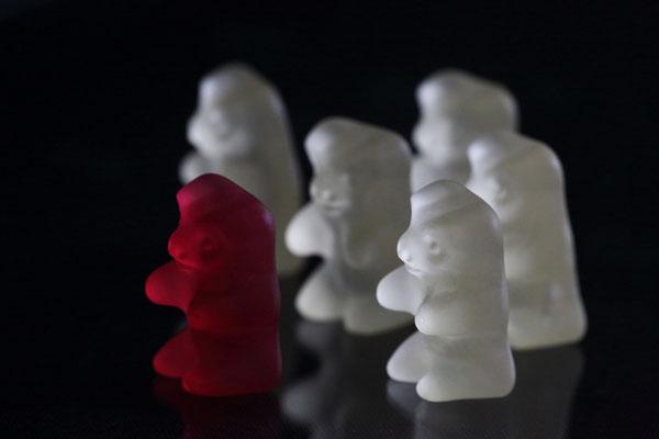 3   Gummi-Zombies auf der Jagd...
