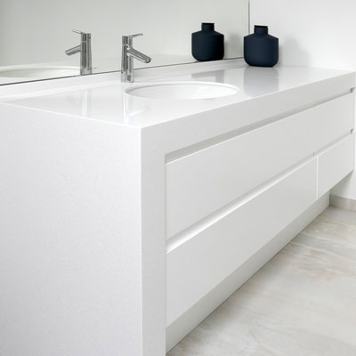 Vonios spintelė-praustuvas iš akrilinio akmens / gamintojas: Gforma