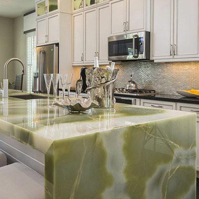Žalio onikso virtuvės sala