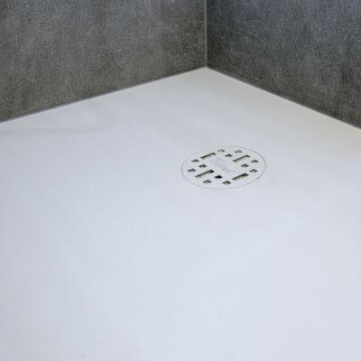 Dušo padėklas iš balto akrilinio akmens corian