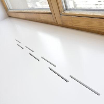 Plati akrilinio akmens palangė su išpjovomis šiltam orui cirkuliuoti / gamintojas - Gforma