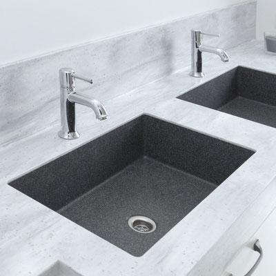 Dvigubas vonios praustuvas, pagamintas iš dviejų spalvų akrilinio akmens / gamintojas: Gforma