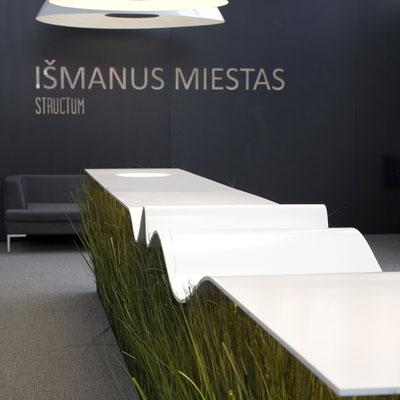 Banguotas pristatymų stalas iš akrilinio akmens / gamintojas - Gforma