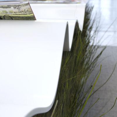 Banguotas pristatymų stalas iš balto akrilinio akmens corian / gamintojas - Gforma