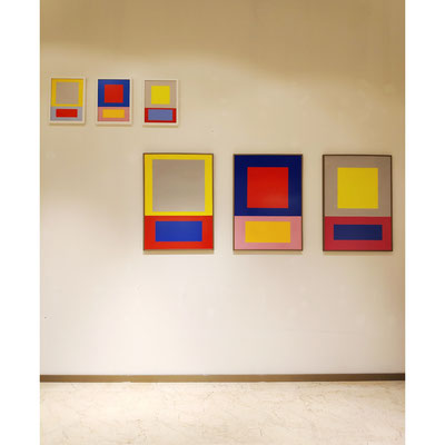 """Ausstellungsansicht Ellen Roß, Werke aus der Serie """"Im Quadrat"""", Detail"""