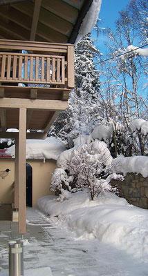Haus Hildegard: Balkon Arber im Winter