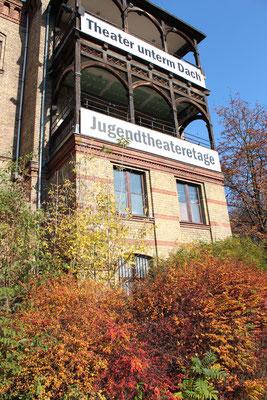 Kulturzentrum im Herbst an der Prenzlauer Alle, Jugendtheateretage. Foto: Helga Karl