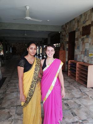 Ich habe eine Sari zu meinem Geburtstag bekommen <3