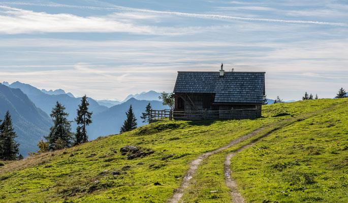 Wandern mit Dachsteinblick