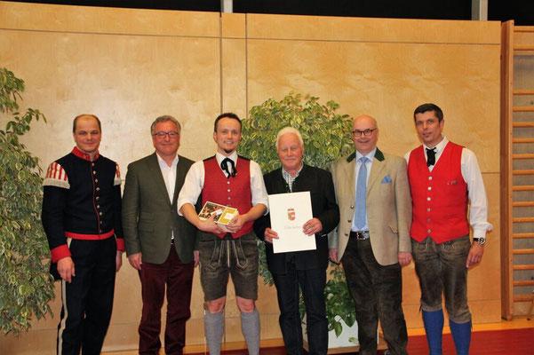 Landeskonzertwertung - Unser Kapellmeister Rony und Ehrenkapellmeister Sigi Schaber bei der Preisverleihung und Urkundenübergabe