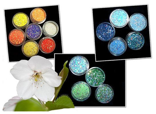 Pailletten Glitter funkeln intensiv durch irisierende metallische Pailletten die durch wechselnde Lichtbedingungen und Perspektiven in ihrem typischen metallischen Glanz glitzern.