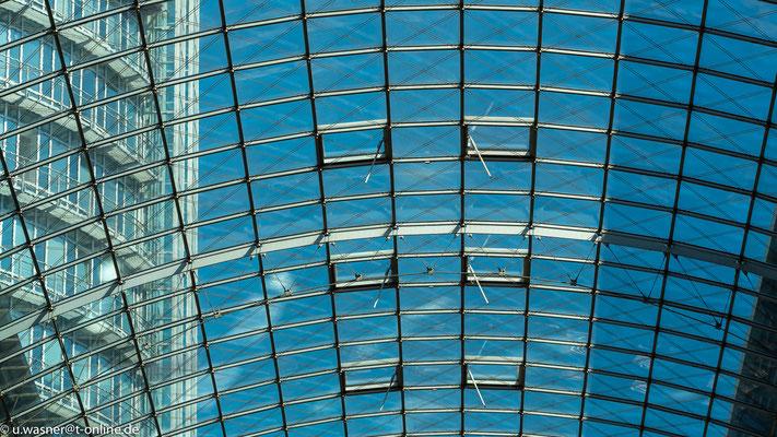 Glasdach des WTC Dresden